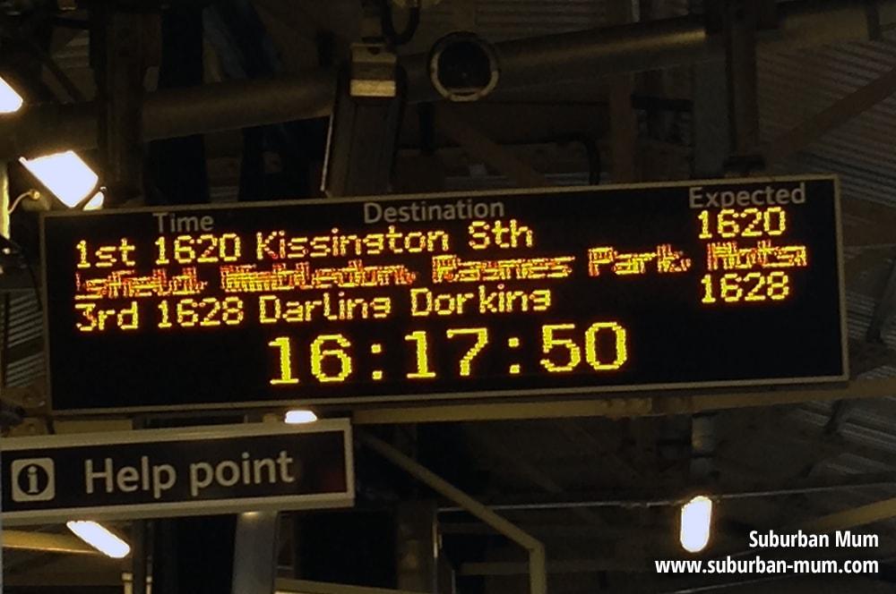 sw-trains-dep-board