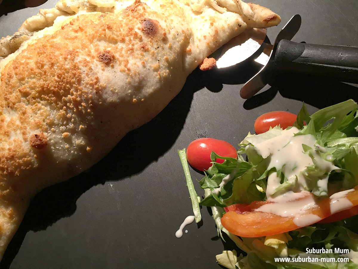 pizza-express-calzone