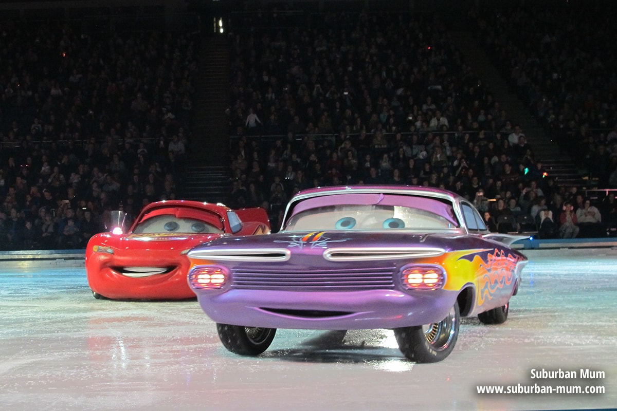 disney-on-ice-cars2