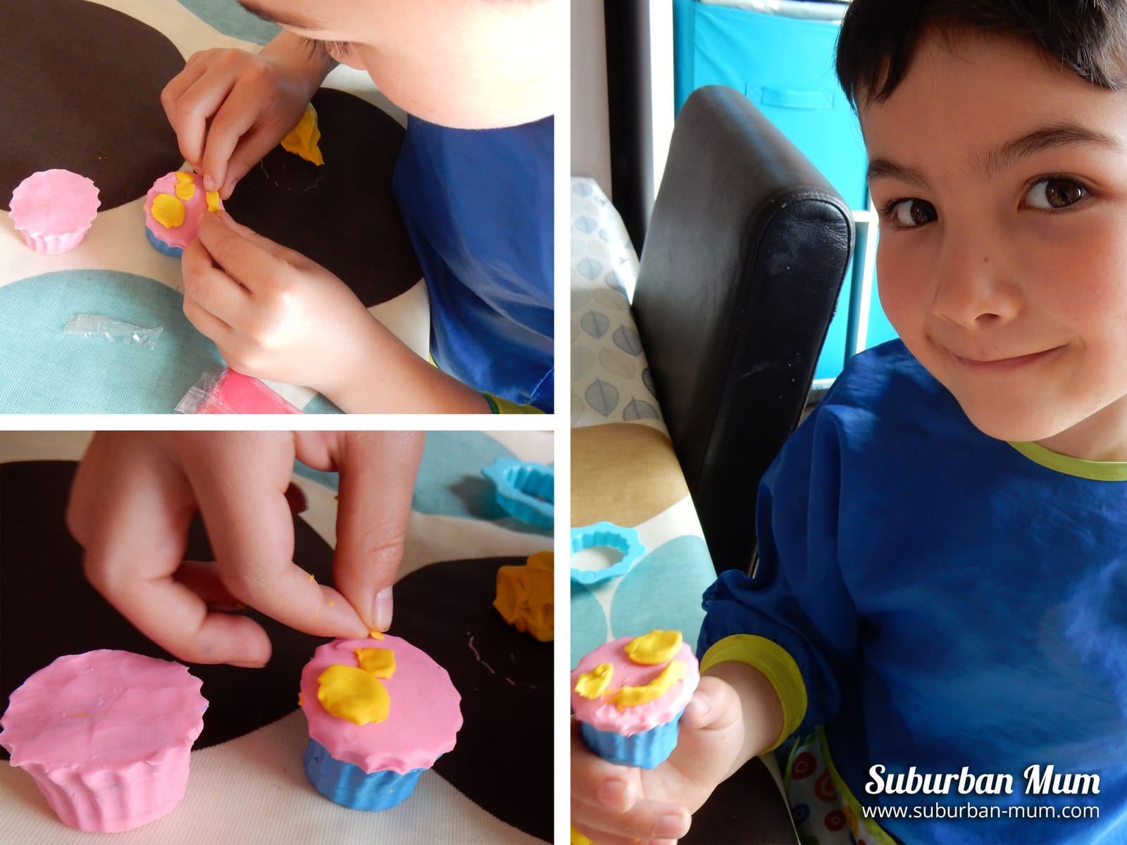 E making plasticine cupcakes