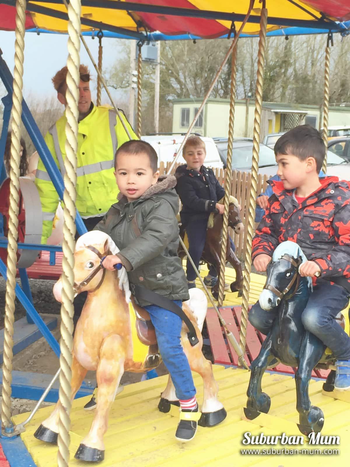 boys-merry-go-round