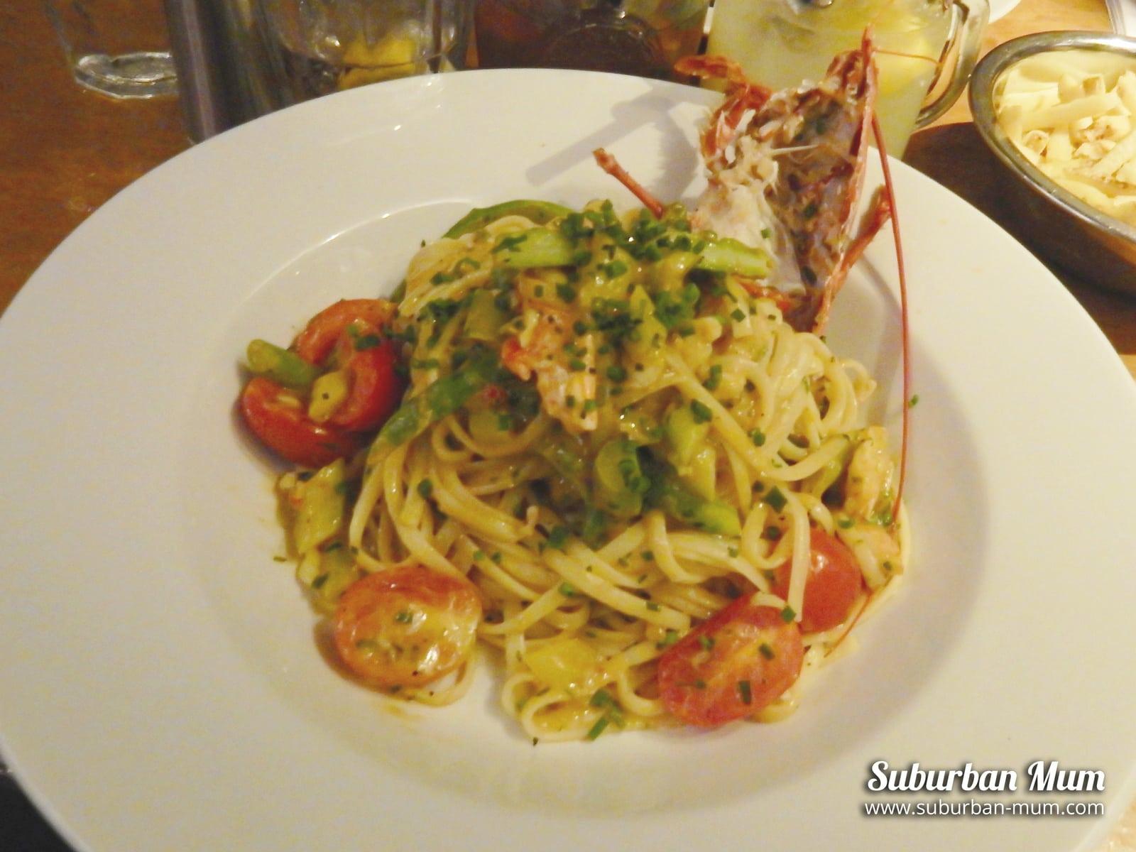 belgo-lobster-linguine