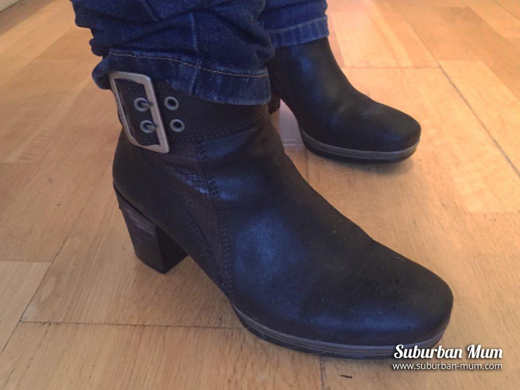 boots-school-run