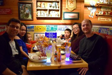 family-at-bubba-gump-ft
