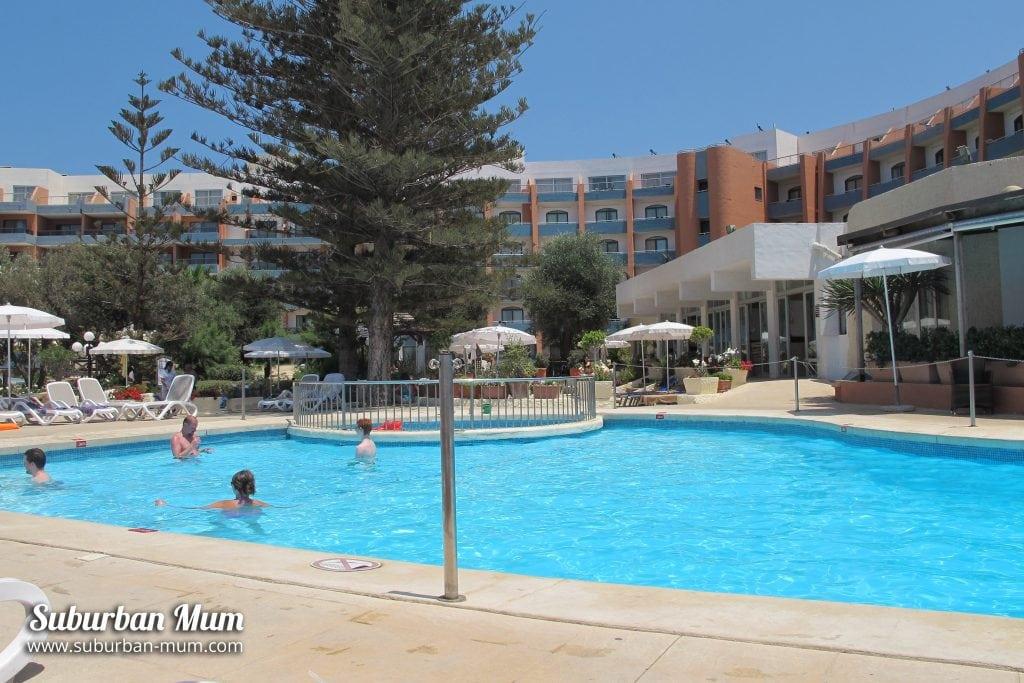 hotel-pool-malta
