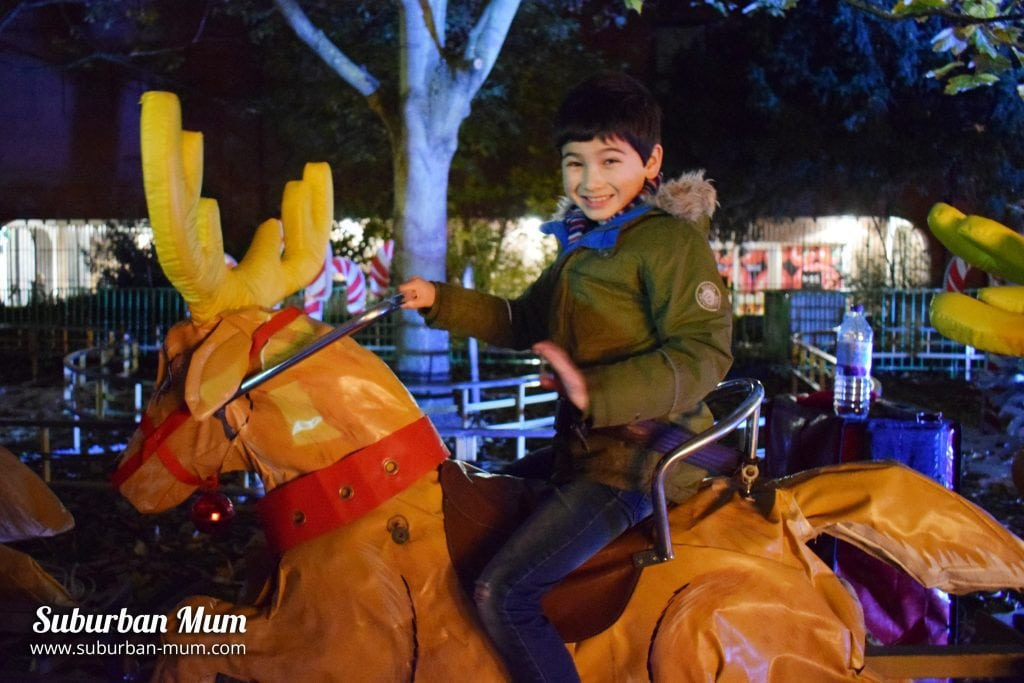 kingston-xmas-candy-cane-reindeer-ride-e