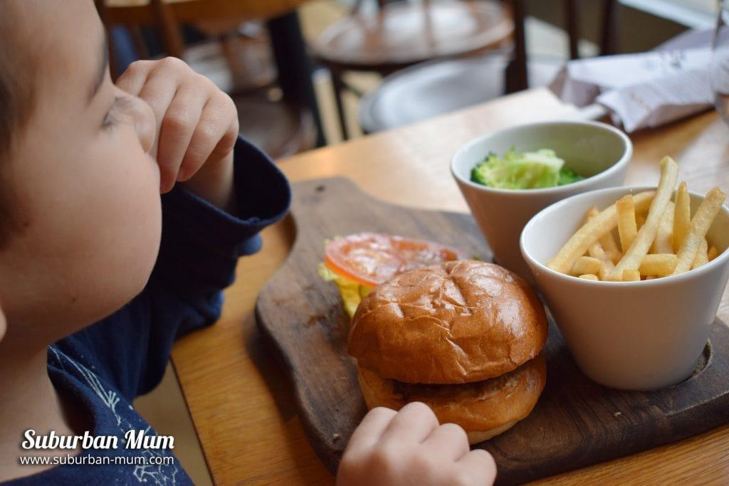 goat-chelsea-kids-burger