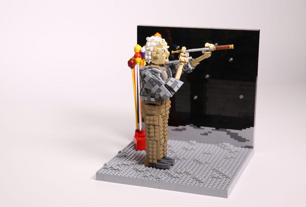 JL-man-on-moon-xmas-lego