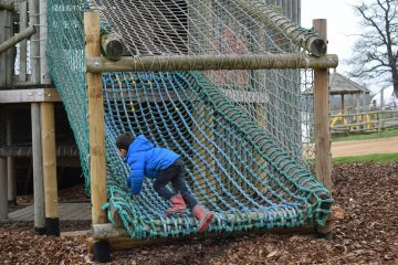 adventure-playground-willows-activity-farm-ft