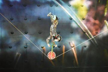 cirque-ovo-tightrope-ft