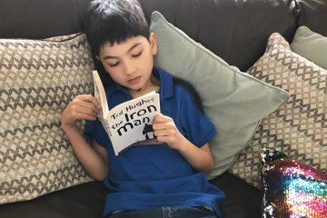 e-reading-book-ft