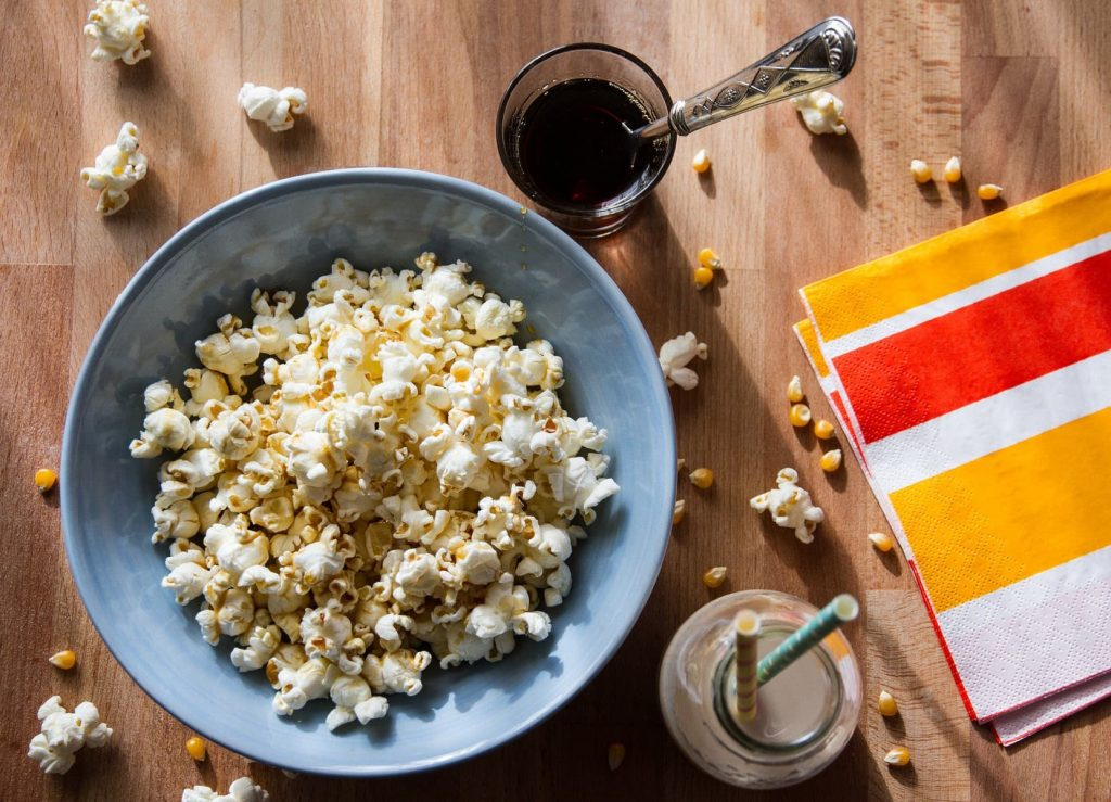 5 movies for a family night in - popcorn
