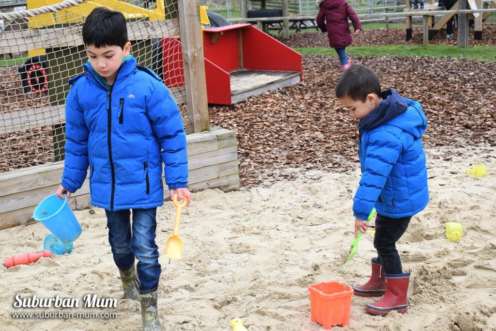 willows-activity-farm-big-dig