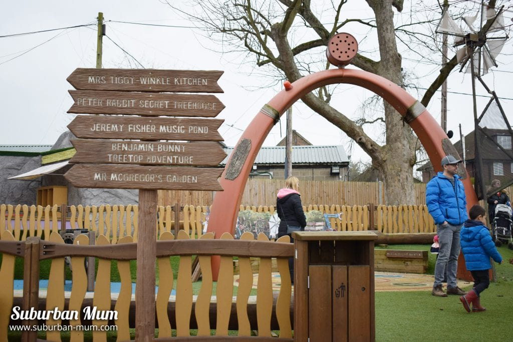 willows-activity-farm-peter-rabbit-adventure-playground-area