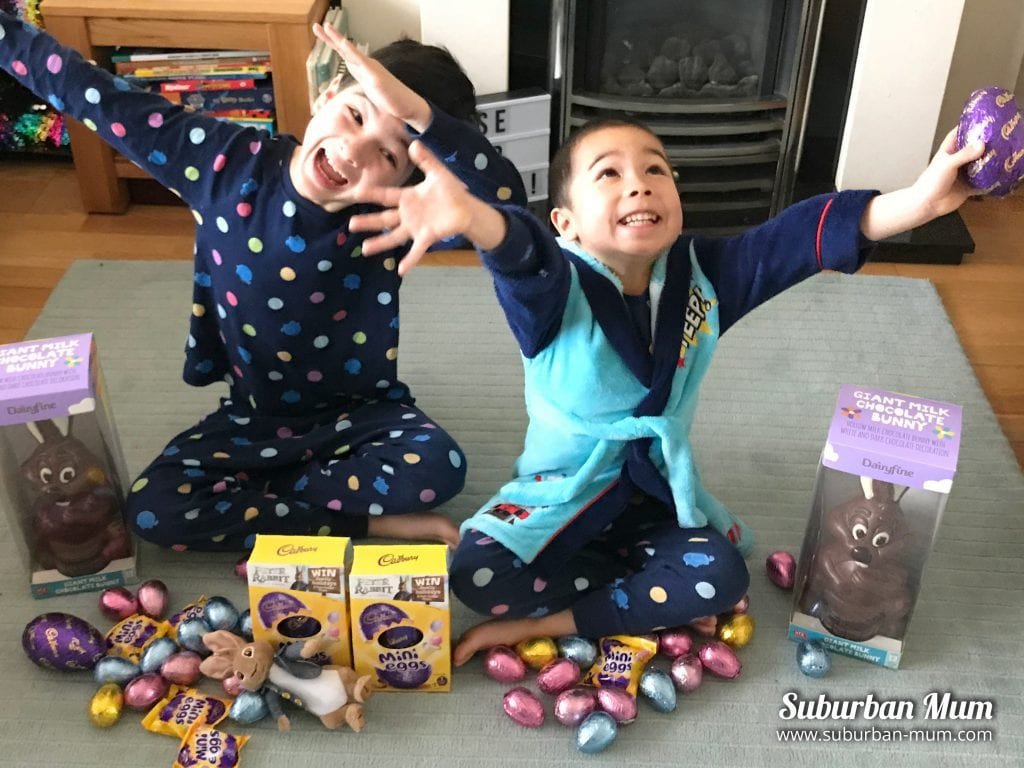 boys-egg-hunt-stash