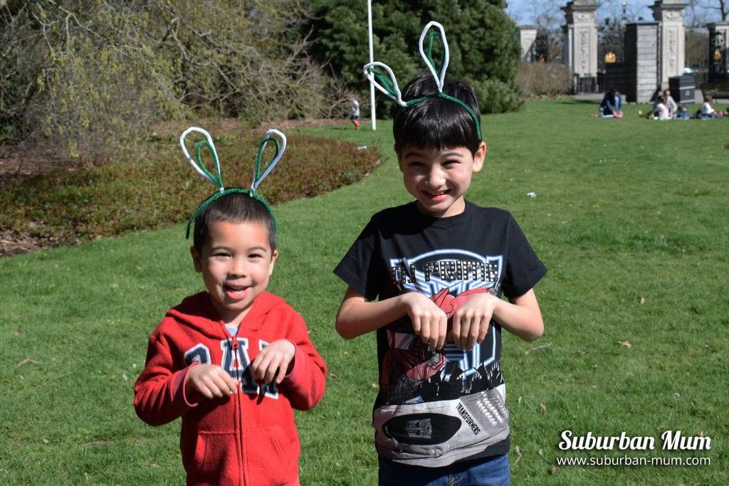 kew-gardens-boys-bunny-ears
