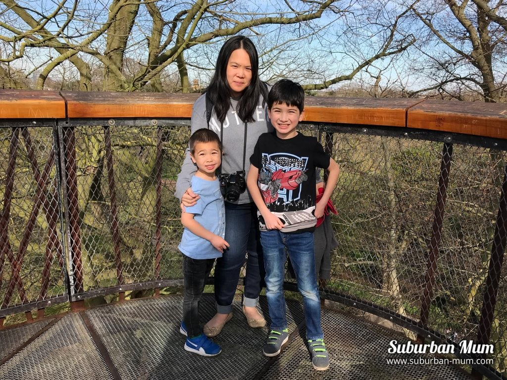 kew-gardens-treetop-walk-family