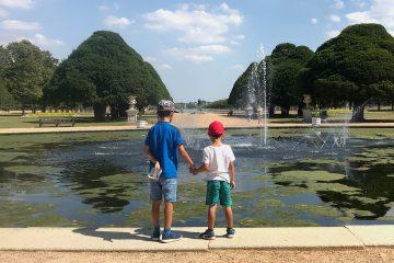 boys-hampton-court-gardens-ft