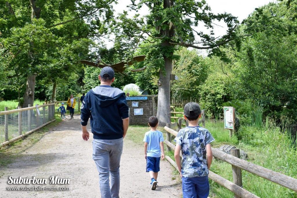 godstone-farm-boys-walking