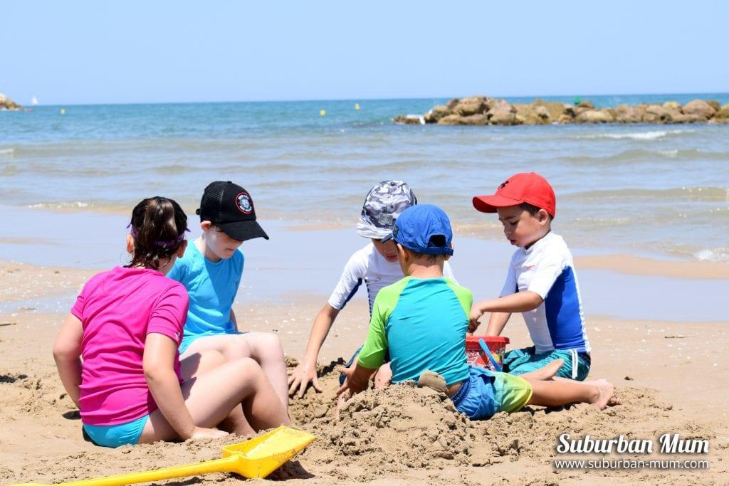 kids-oliva-beach