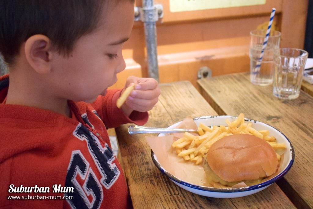 turtle-bay-guildford-kids-burger