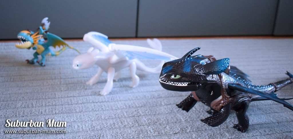 How to Train Your Dragon - dragon figures
