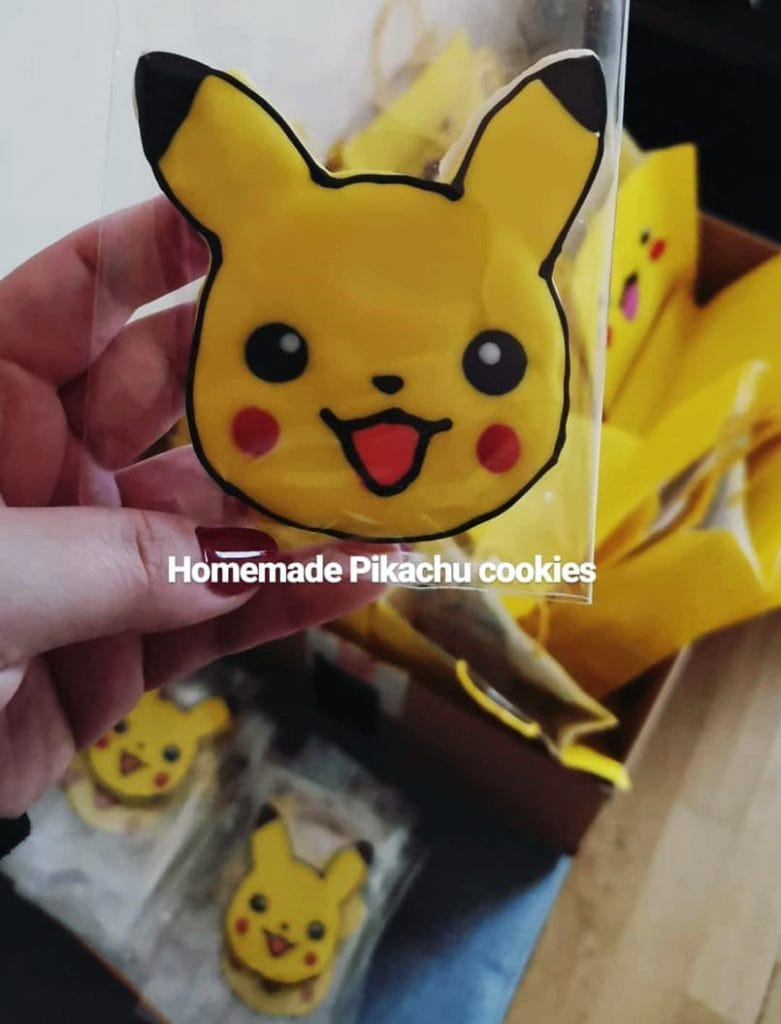 pikachu-cookie-cellophane