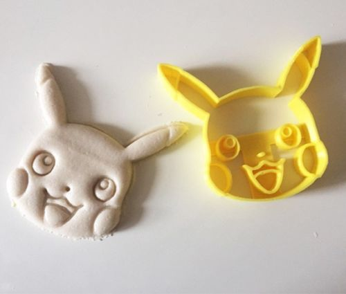 pikachu-cookie-cutter