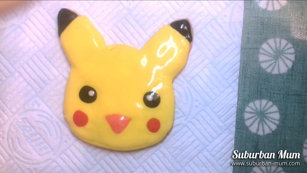 pikachu-cookie-step13