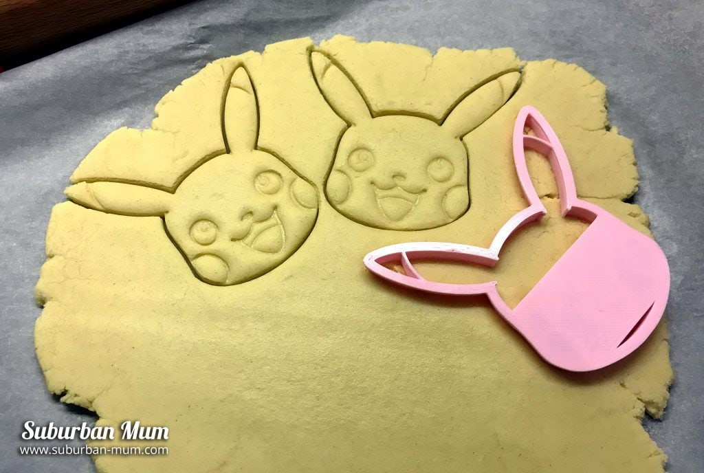 pikachu cutter with cookie mix
