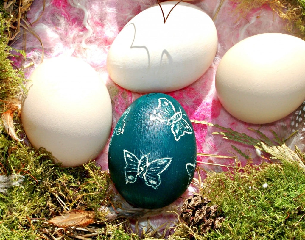 sgraffito-egg-craft-invaders