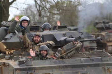 tank-paintballing