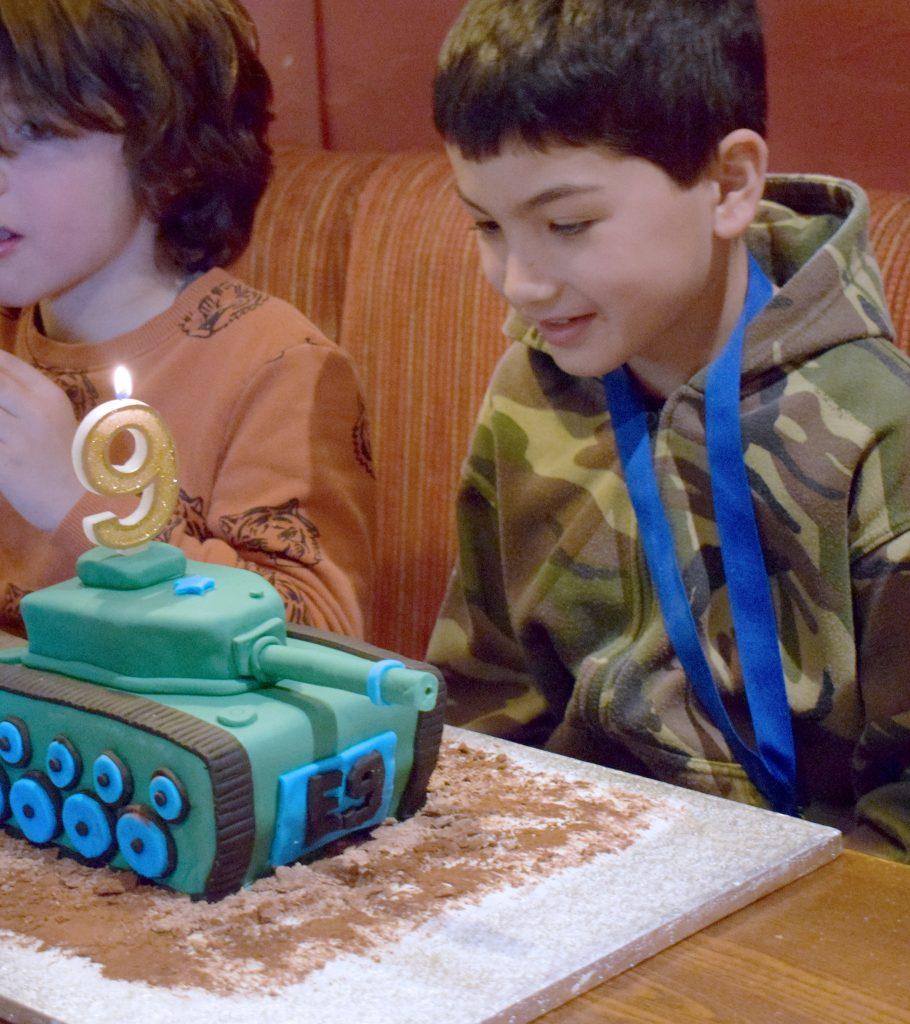 E-birthday-cake