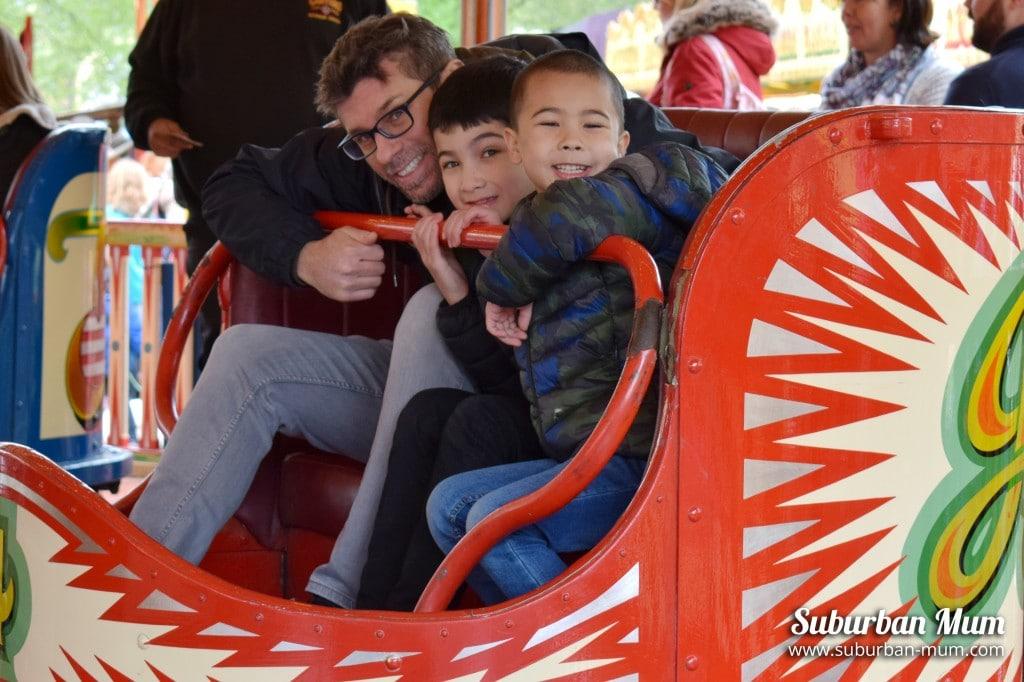 funfair-ride-carters-steam-fair