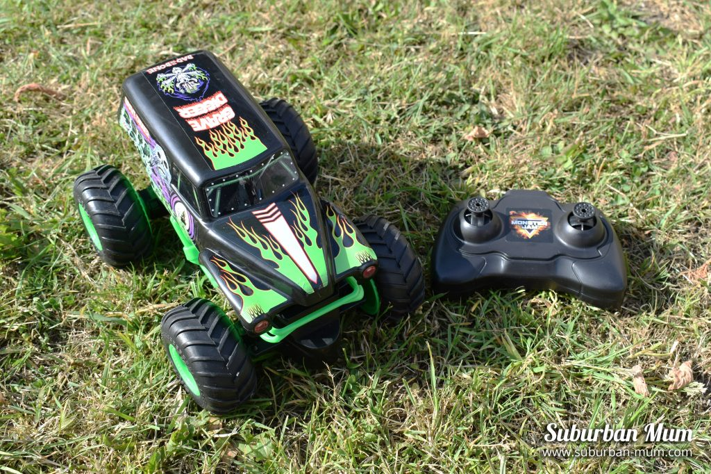 Monster Jam Grave Digger remote control car with remote