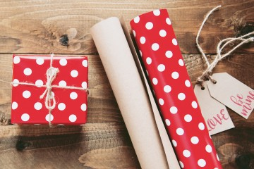 present-wrapping