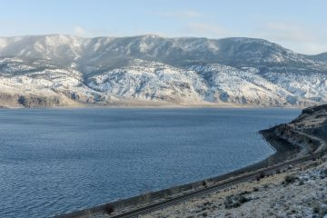 kamloops-lake-258666_1920