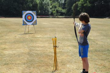 Barracudas-Activity-Camps-archery
