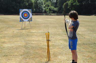 Barracudas-Activity-Camps-archery