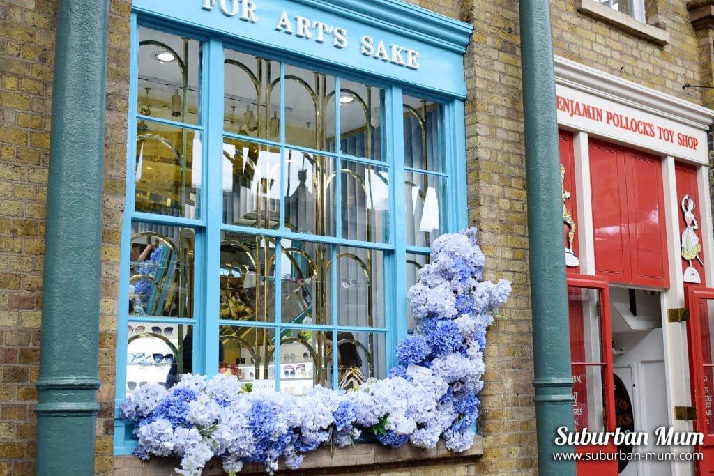 Pretty shop front, Covent Garden