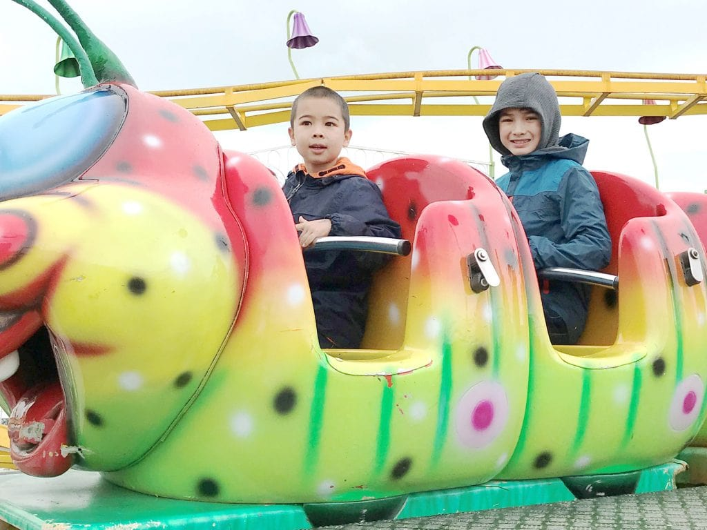 kidz-island-caterpiller-rollercoaster