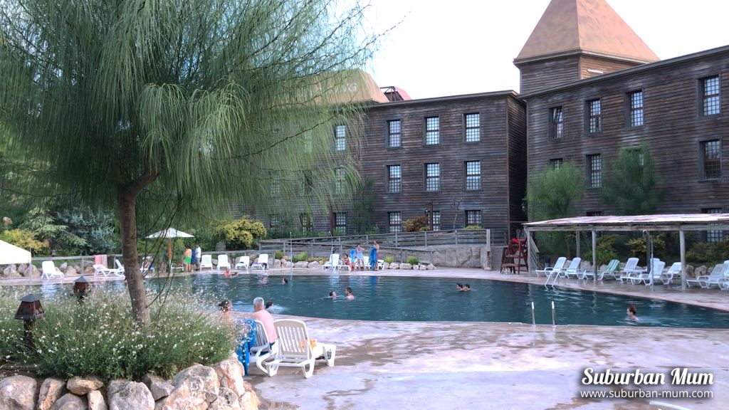 hotel-gold-river-swimming-pool2