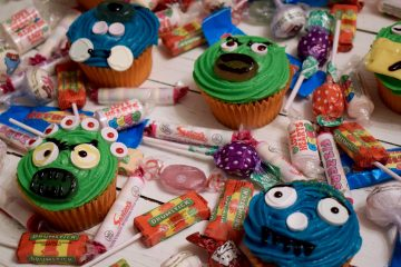 halloween-monster-cupcakes-swizzels-ft