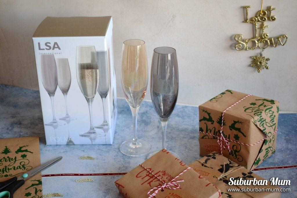 LSA-champagne-flutes