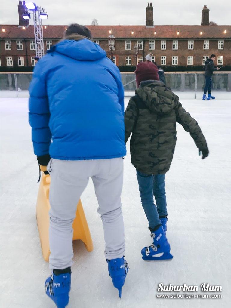 e-ice-skating