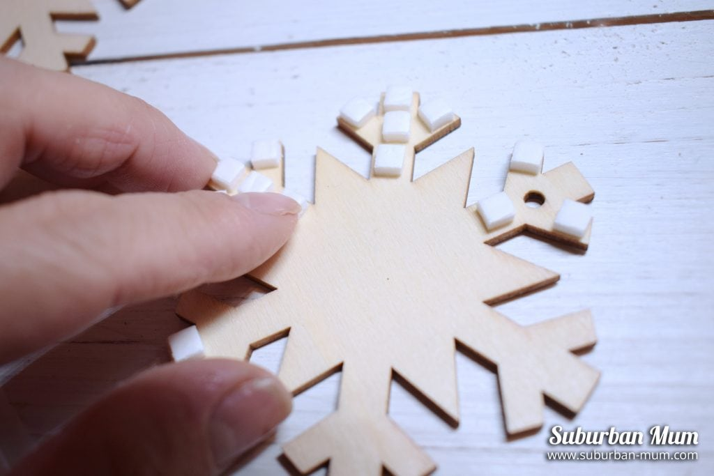 snowflake-dec-foam-pads
