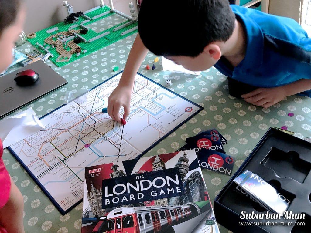 boys-board-game