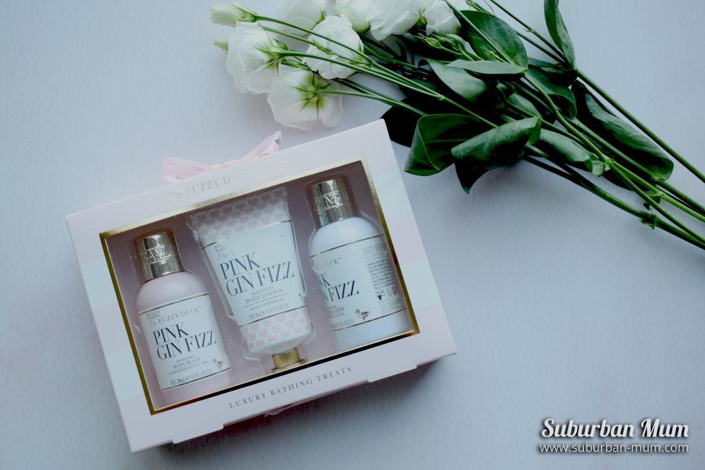 Baylis & Harding Fuzzy Duck Pink Gin Fizz bath set