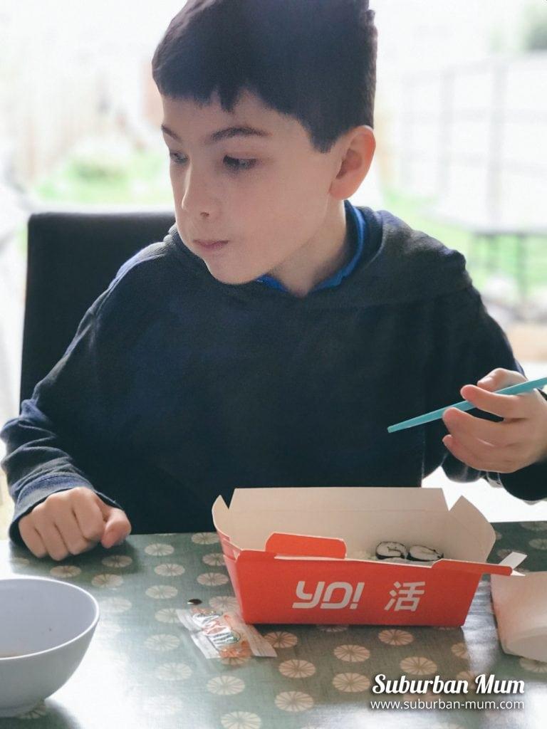 e-eating-sushi