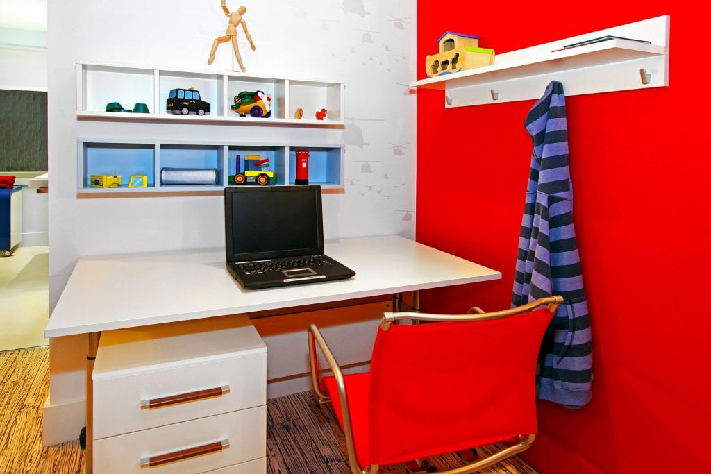 kids-desk-bedroom